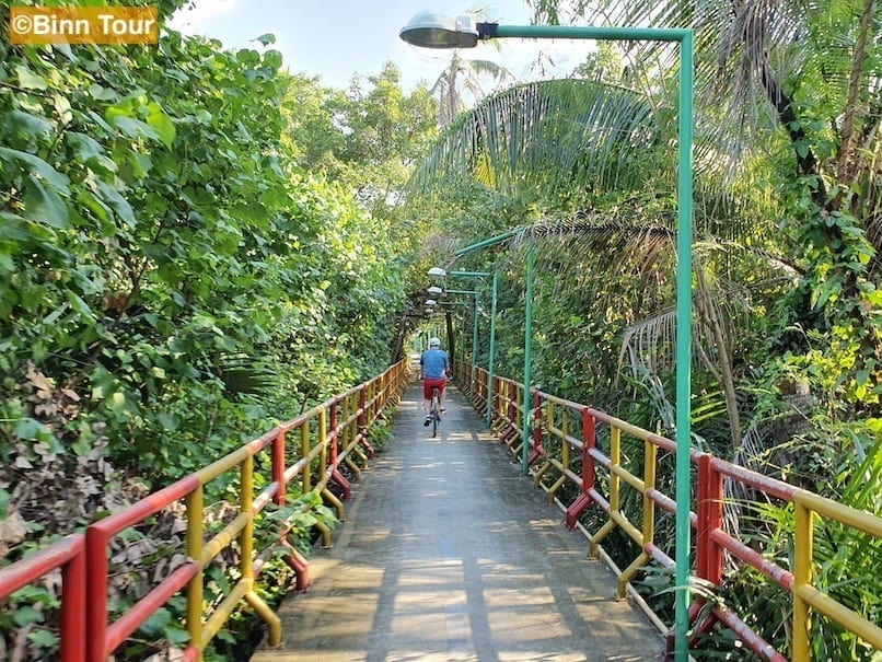 Bicycle trail in Bang Kachao surrounded by nature